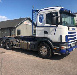 Scania R144 530 6×2 såld till Karlshamn